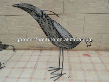 Cast Iron Animal Figurines Flying Bird Metal Garden Statues Handicraft  Wholesale