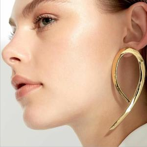 Fashion latest design simple stud earring jewelry gold geometric earring