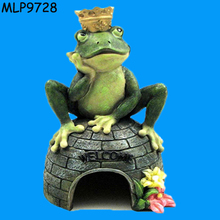New online New Arrival Resin Frog Prince Animal House