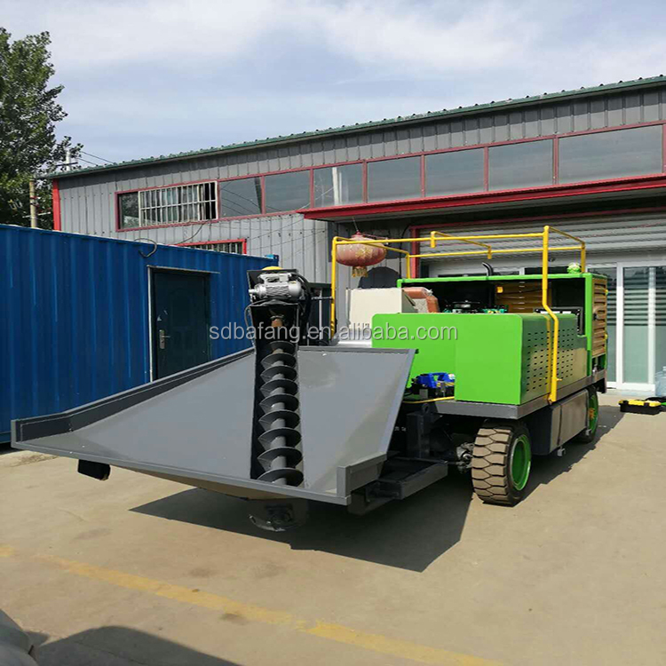 Automatic kerb slide molding machine