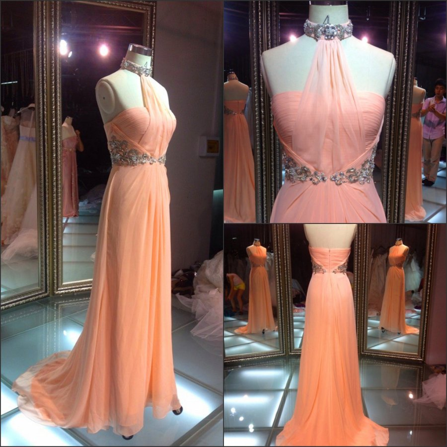 Latest women party dresses orange color halter elegant crystal beaded chiffon evening dresses