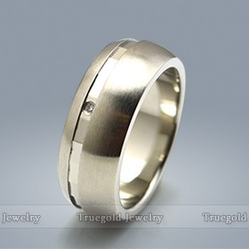 Classic Custom Jewelry Wedding Ring Connector