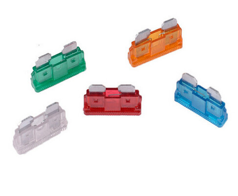 Auto Parts, UL or Non UL Approved PC & Metal Auto Parts Standard Blade Auto Fuse 32V DC
