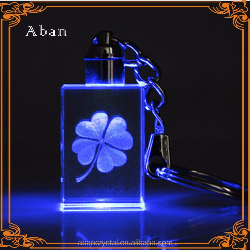 engraved clover inner crystal led light keychain,lucky clover items