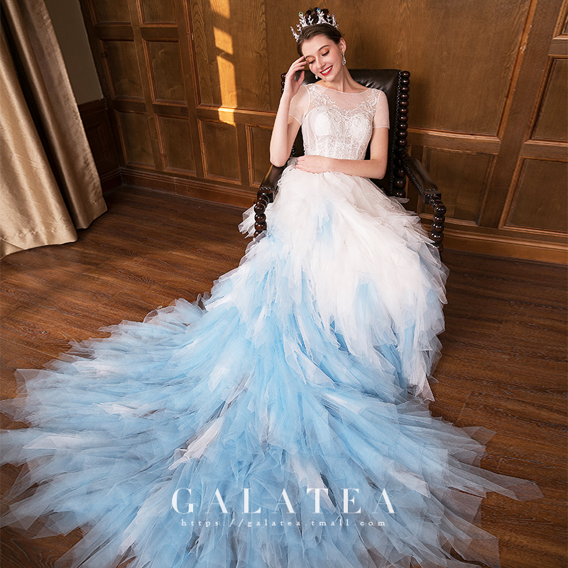 2020 Latest Customized Appliqued Lace Romantic White&Blue Tiered Tulle Mermaid Bridal  Ball Gown Wedding Dress for Marriage