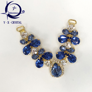 3e1e7a5cf695 Colored resin connect with crystal rhinestone V chain for sandal upper stone