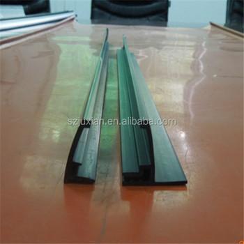 Flexible plastic strip
