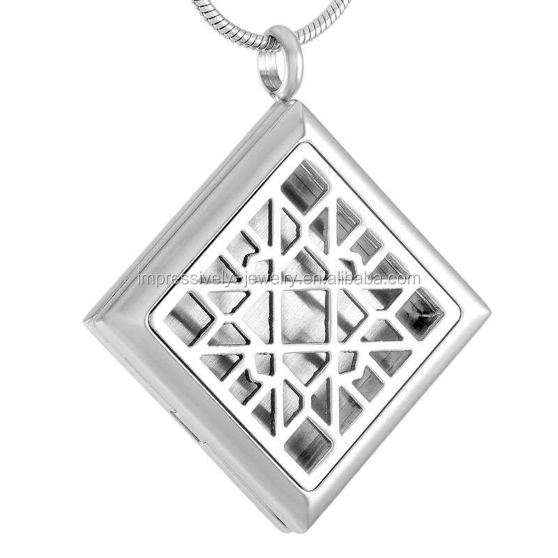 Custom Rhombus 316L Stainless Steel Perfume Locket Essential Oil Diffusing Aromatherapy charm Pendant Necklace(Send Felt Pad)