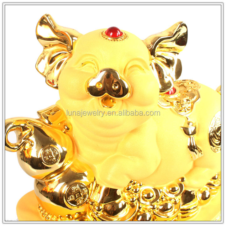 Resin Luckly Pig2019 Years hot sales