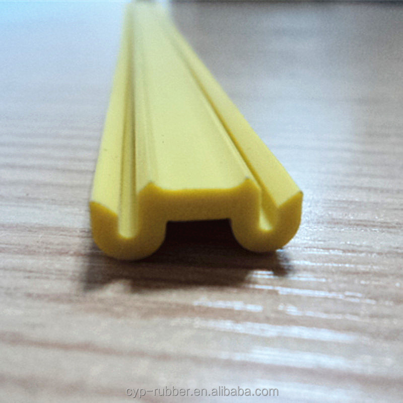 PVC Extruded Profiles Plastic Decorated Rubber Profile