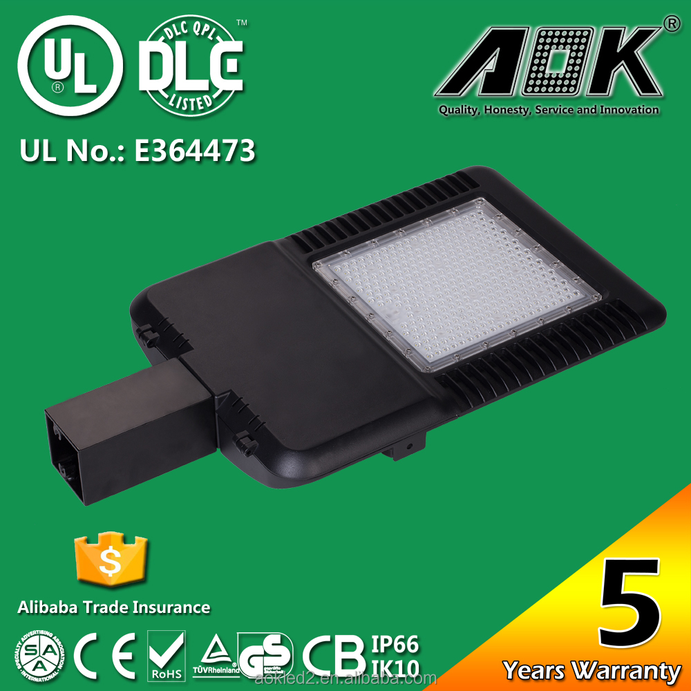 Professional Factory Supply Excellent Quality square paking lots 240w led area luminaire from China manufacturer