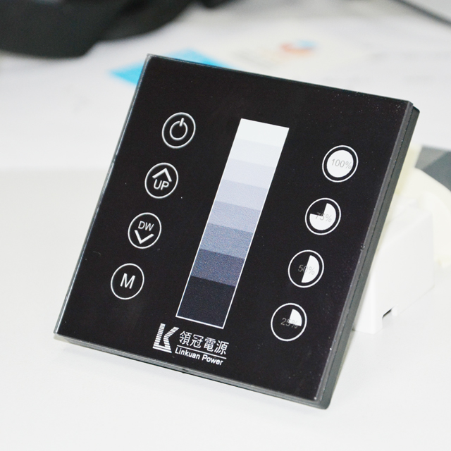 สมาร์ท 0-10 v dimmer AC 100-277 V 0-10 v dimmer touch panel glass แผง 0-10 v led dimmer