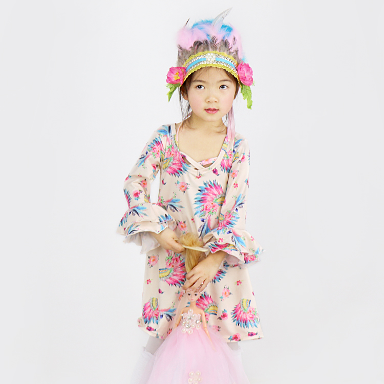 Adorable Girl Indiana Feather Head Print Ruffle Dress Tamil Girls Picture Designer Baby Frocks Images