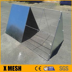 Triangle Metal Wire Hutch for Rabbit Guinea Pig