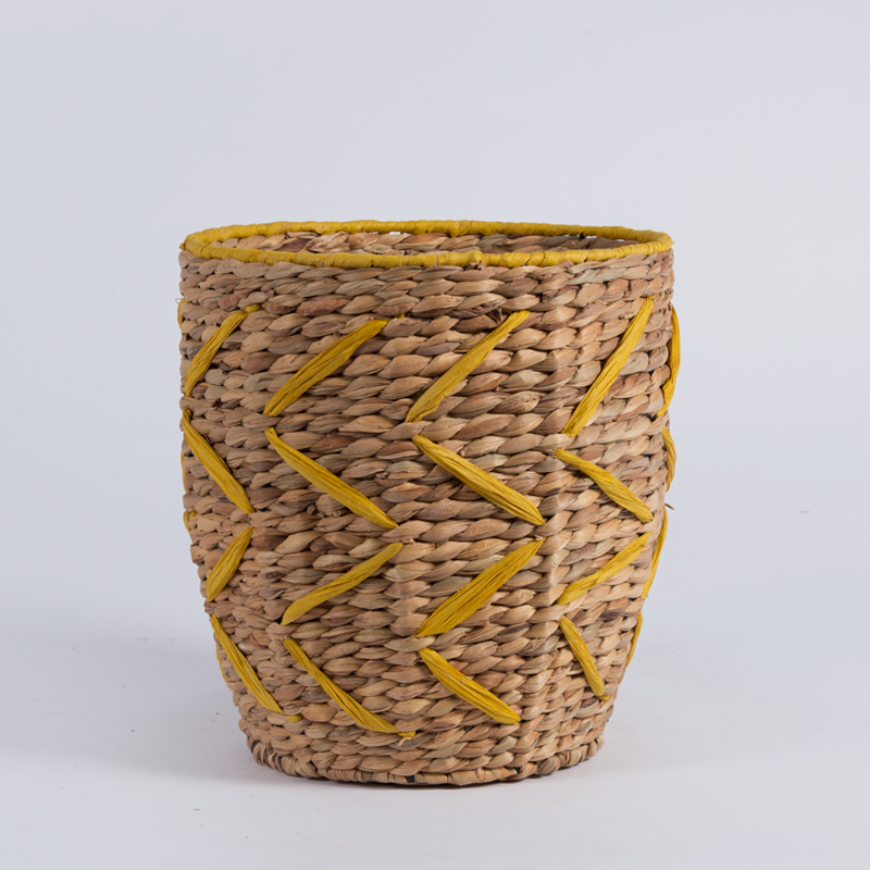 Handmade สานรอบท้องผักตบชวาหญ้าถังขยะมินิ seagrass straw เด็กตะกร้าซักผ้าไม่มีด้ามจับ