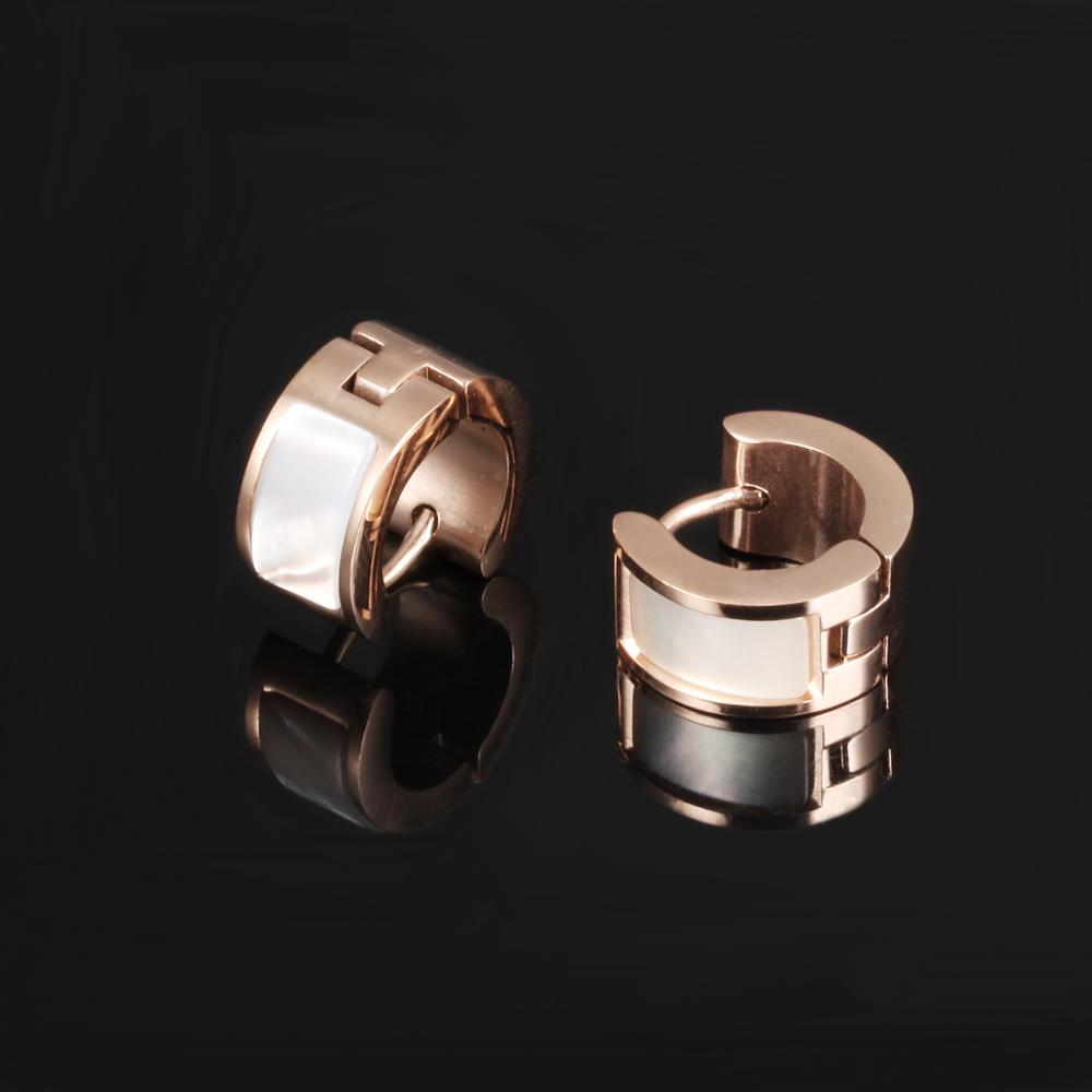 Wholesale Shell Gold Plated Stainless Steel Huggie Earring For Women
