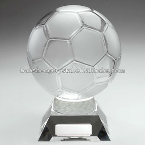 2013 hot sale promotional crystal football trophy(BS-TRfootball)