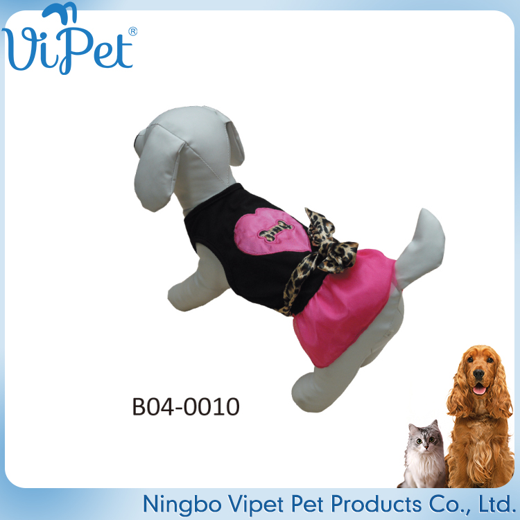 Cheap sale funny pet clothes dog clothing