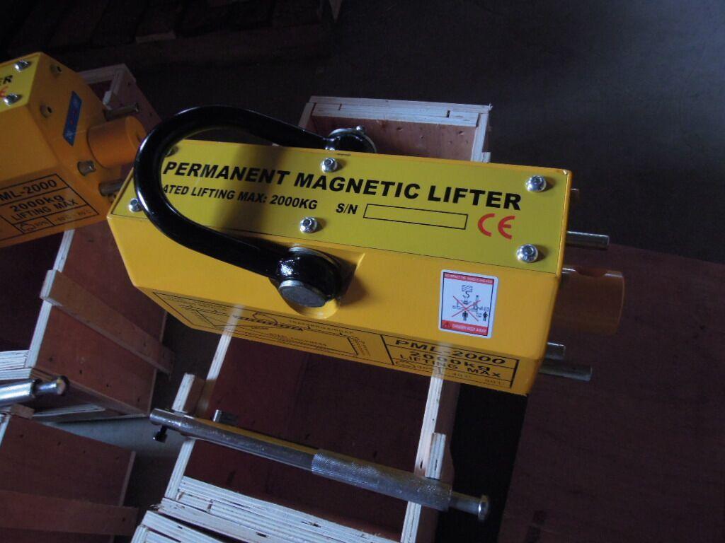 magnetic lifters (5).jpg