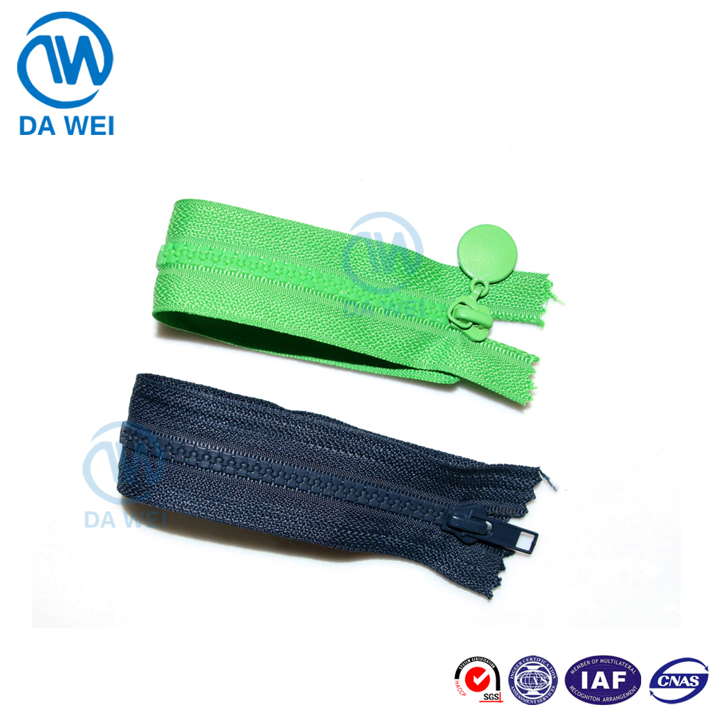 Dawei brand wholesale good quality hot sale N.3 plastic zipper close end with autolock fancy slider