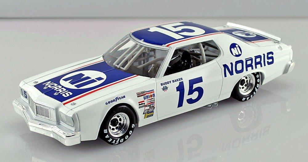 Buddy Baker #15 1976 Ford Torino Norris Industries Nascar Classics Kids Hardtop 1/64 Diecast