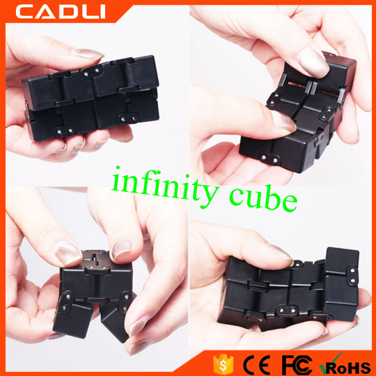 2017 Hot Sale Wholesale Stress Relieve Fidget Relax Infinity Cube Hand Toy