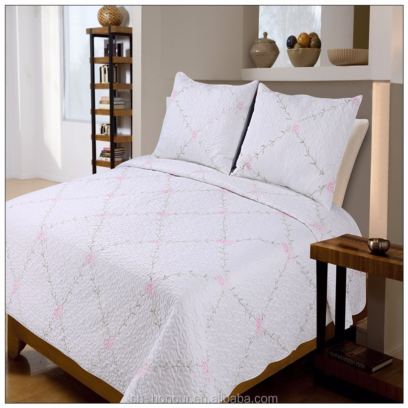 New type top sale solid color super king bedding colourful thread embroidery comforter quilt