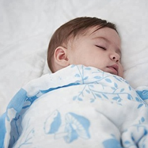 Wholesale popular promotions disposable customized baby swaddle wrap  hottest standard size