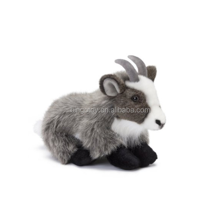 Hot sale soft cute goat plush stuffed toy