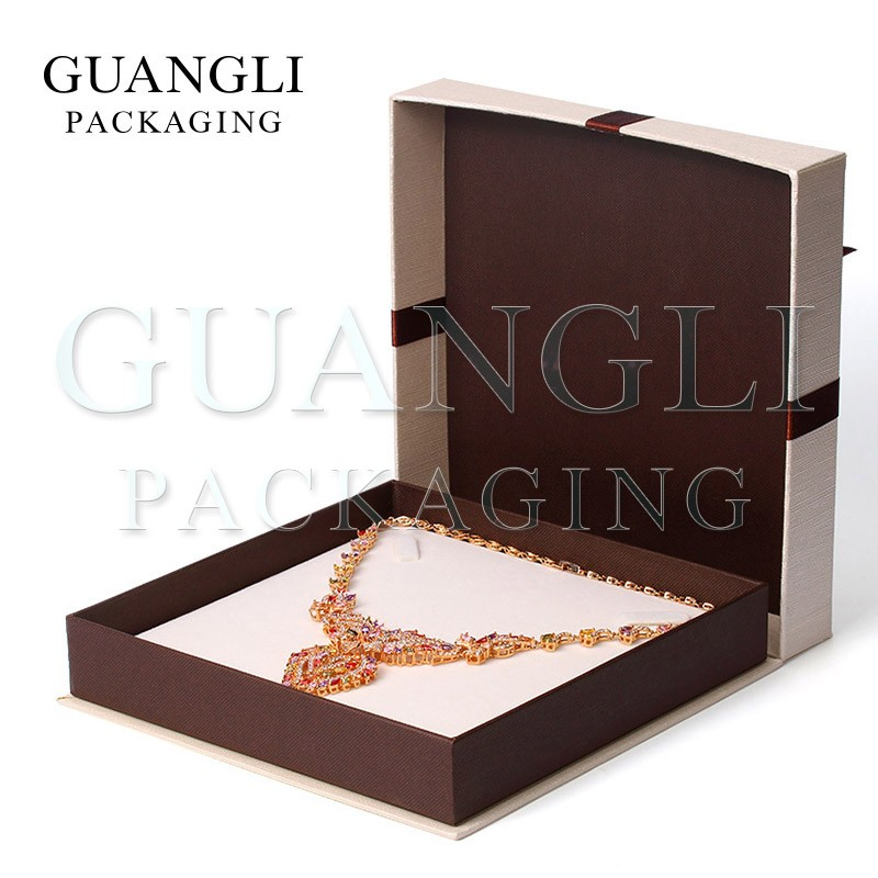 Famous of Brand interior elegant design ideas necklace packaging boxes