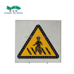 LED board display powered traffic road sign
