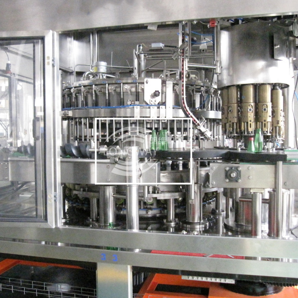 Competitve Price Carbonated Soft Drink Rinsing Filling Capping Machine for glass bottle screw cap