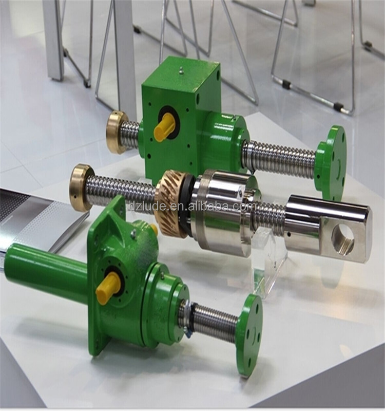 Inch or Metric Worm Gear Ball Screw Jacks use a ball screw and nut made from hardened alloy steel