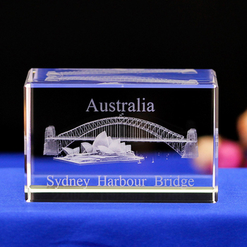 Australian Sydney Opera House architectural model crystal paperweight