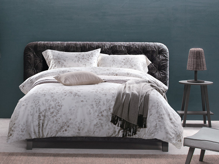 European Style 4pc Comforter Bedding Sets New Fashion Bed