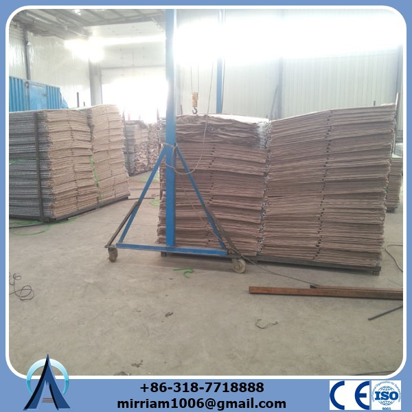 2015!!! Baochuan galvanized gabion hesco barrier wall