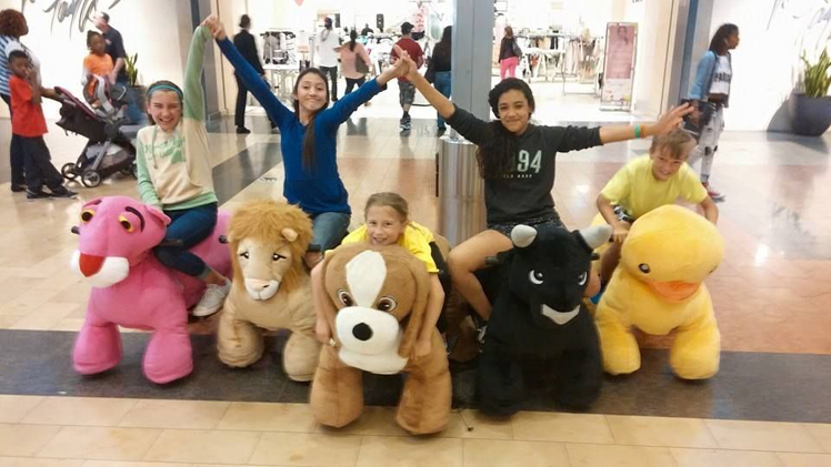 U-Rides electric car / motorized plush riding animals for outdoor use
