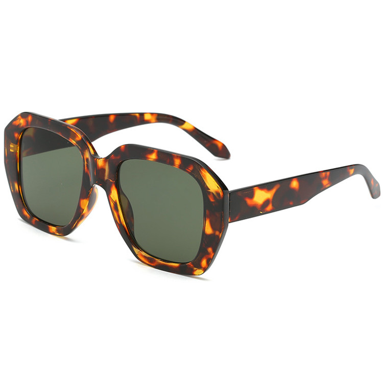 Wholesale Big Frame Female Cheap Trendy Woman Sunglasses 2019 Without Logo