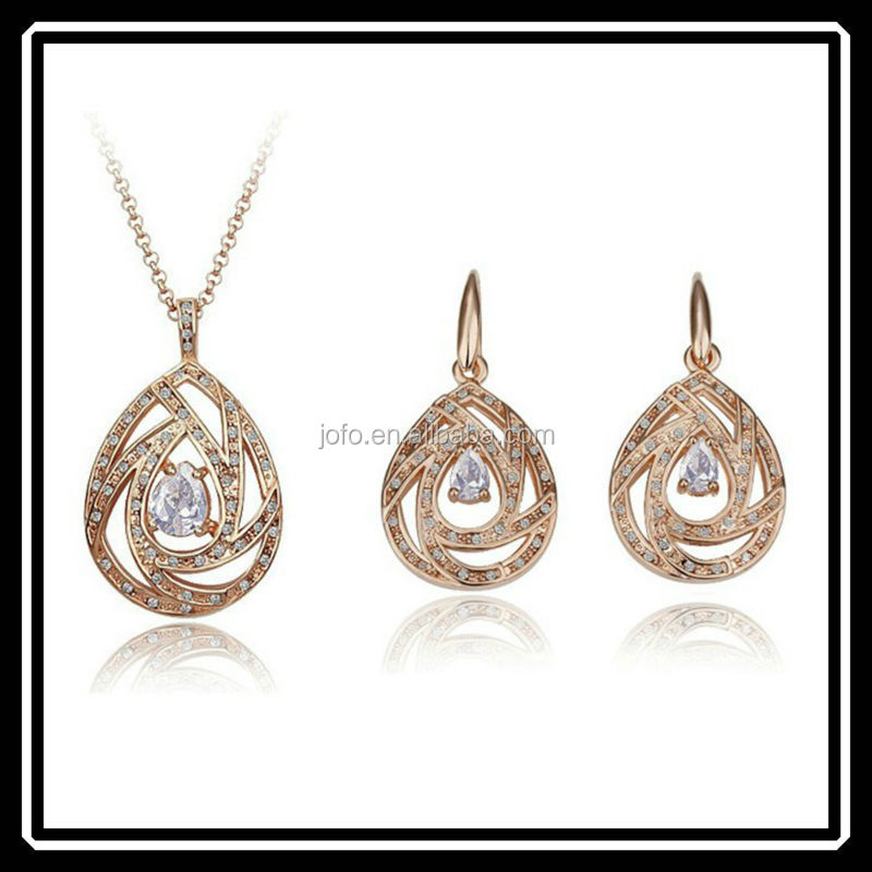 Teardrop Designs Bridal Wedding Jewelry Set Made With Crystal Elements HGJ0099