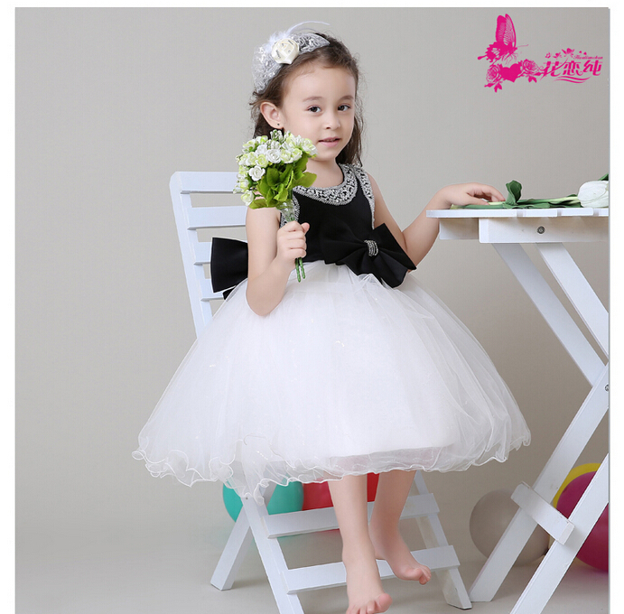 Dress Up Your Baby Girl In Fashionable Girls Dresses And Frocks From Myntra Explore