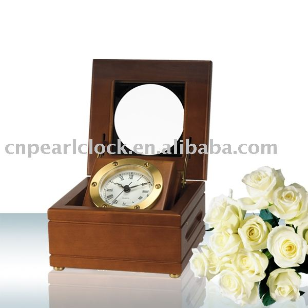 Pearl Wooden Table Clock PC023