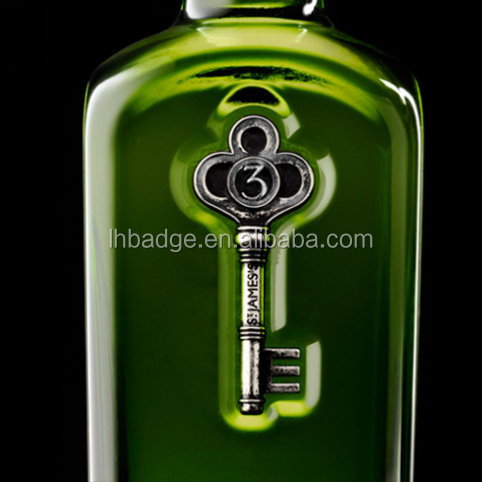 custom metal antique old key shape dry gin bottle label
