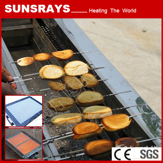 Barbecue grill with infrared ceramic gas burner