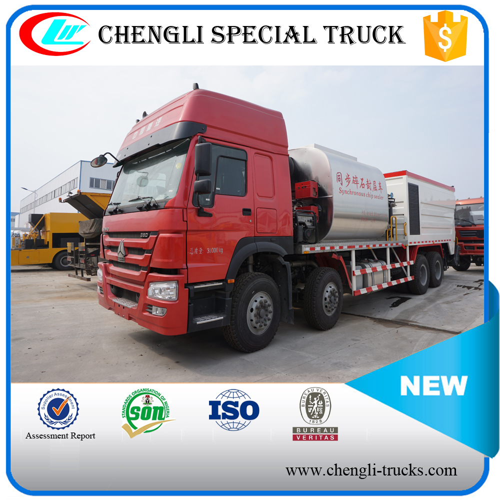 HOWO 8*4 Chip Sealer Synchronous Bitumen Sprayer Truck