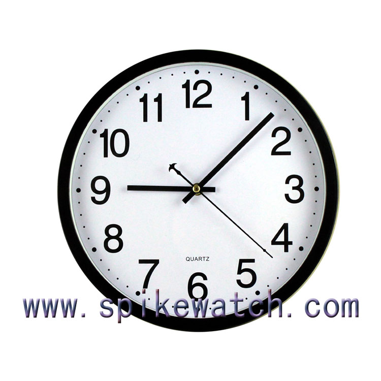 Round shaped plastic wall clocks for the elderly