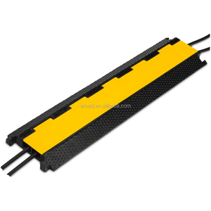 safety rubber road speed breaker 2 channel rubber cable protector ramp