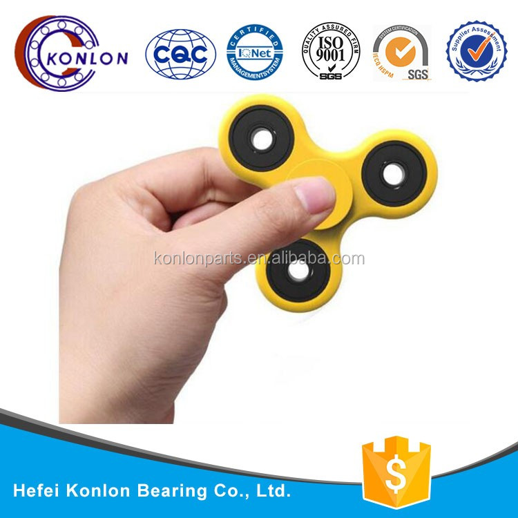 Have fun outdoor High Standard precision anti stress tri spinner fidget nylon