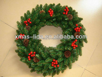 red berry christmas natural wreath christmas tree decoration