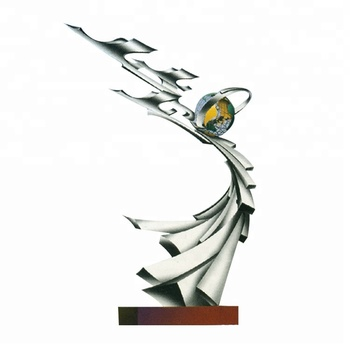 Banyak Abstrak Terbang Burung Patung Dari Dunia Buy Patung