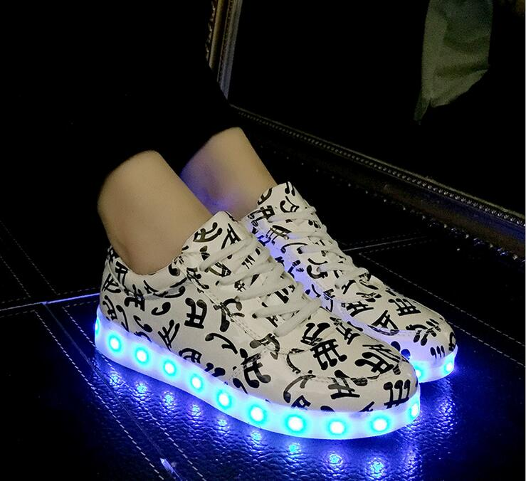 Music note style kid glow sneaker LED shoes